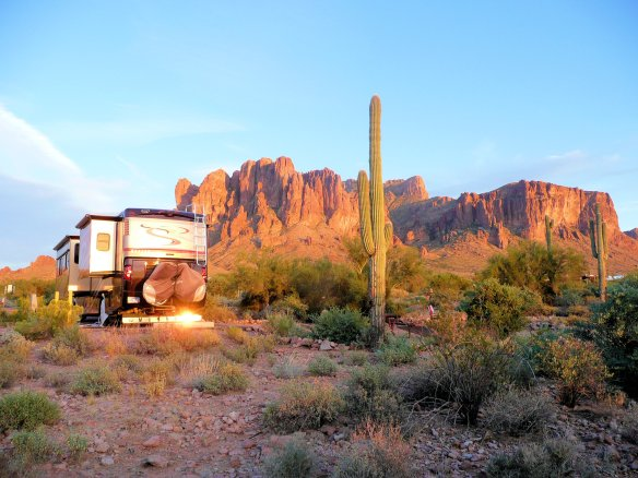 Lost Dutchman State Park at the foot of the Superstition Mountains