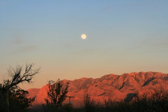 01 Full moon over Amado AZ