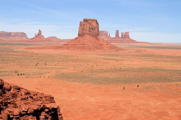 17 Mile Scenic Drive Through Monument Valley