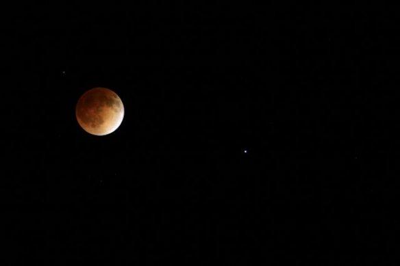 Lunar Eclipse and Spica