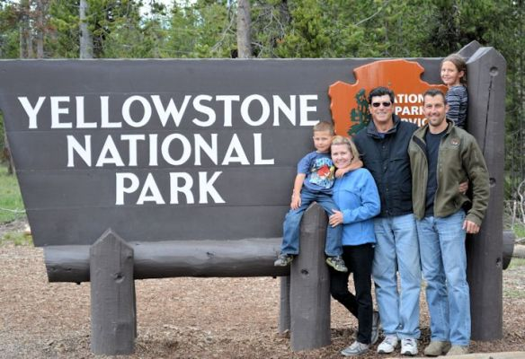 YNP-Yellowstone Sign