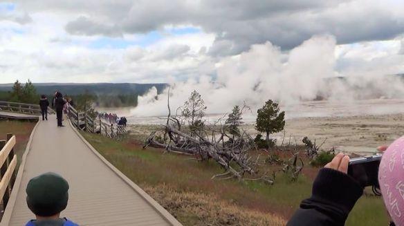 YNP4-Kailyn photos geysers
