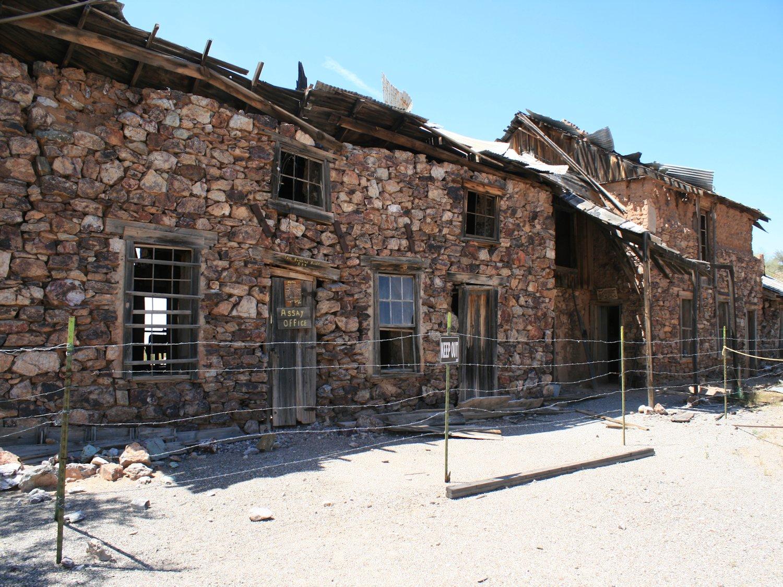 Wickenburg, Arizona – Historic Old Mining Town | Bear Tracks |Arizona Mining Towns